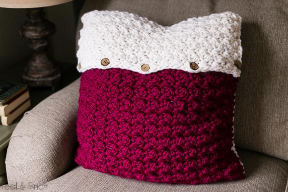 crochet pillow cover